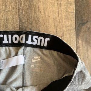 Nike Pants - Nike grey leggings size small